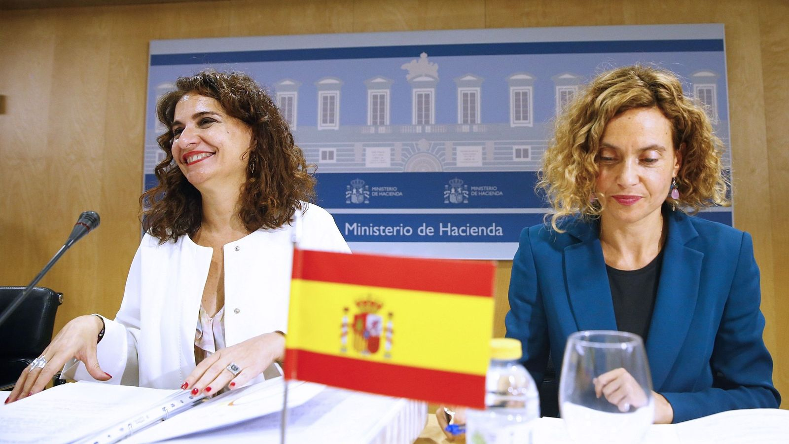 Foto: Las ministras Montero y Batet presiden un Consejo de Política Fiscal y Financiera (Efe)