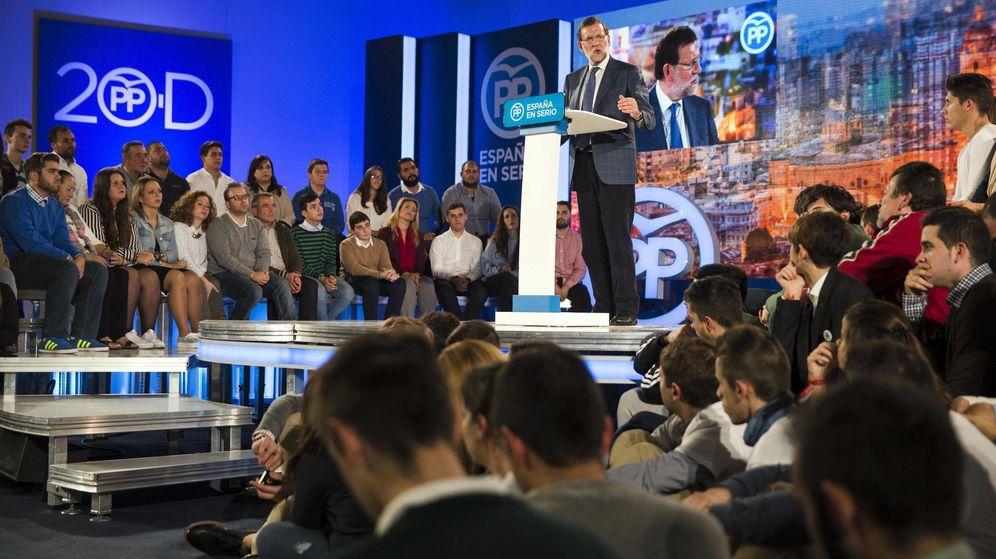 Foto: El presidente del Gobierno, Mariano Rajoy, durante su intervención en el acto político previo al inicio de la campaña. (EFE)
