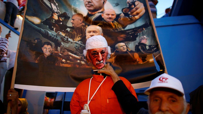 ¿Planificó Michael Flynn el secuestro del disidente Gülen en EEUU? Turquía lo niega