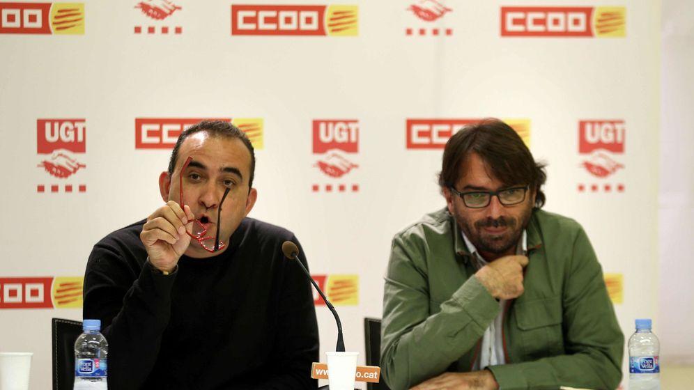 Foto: El dirigente de CCOO en Cataluña, Javier Pacheco (dcha.) y el de UGT, Camil Ros. (EFE)