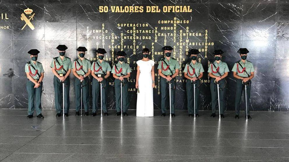 Interior compra 1.300 'mascarillas chic' solo para algunos guardias civiles