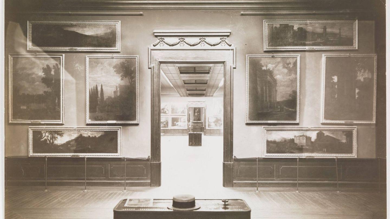 'Museo del Prado, vista de una sala con paisajes', José Lacoste y Borde, 1907-1915. (Museo del Prado)