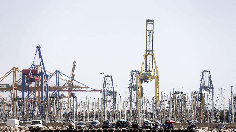 Los estibadores desconvocan la huelga en los puertos de este lunes