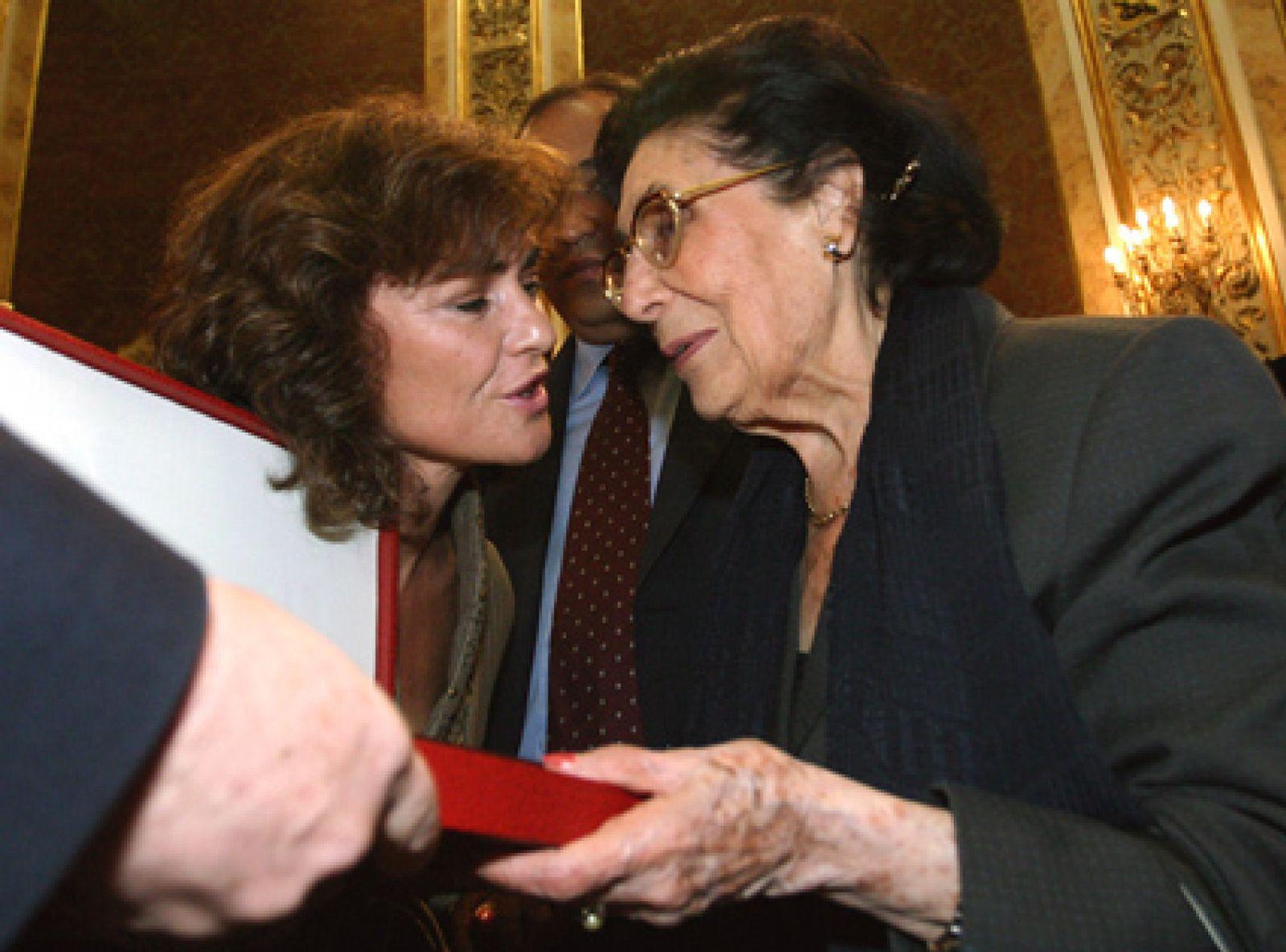 Foto: Lázaro Cárdenas, homenaje al amigo de los exiliados