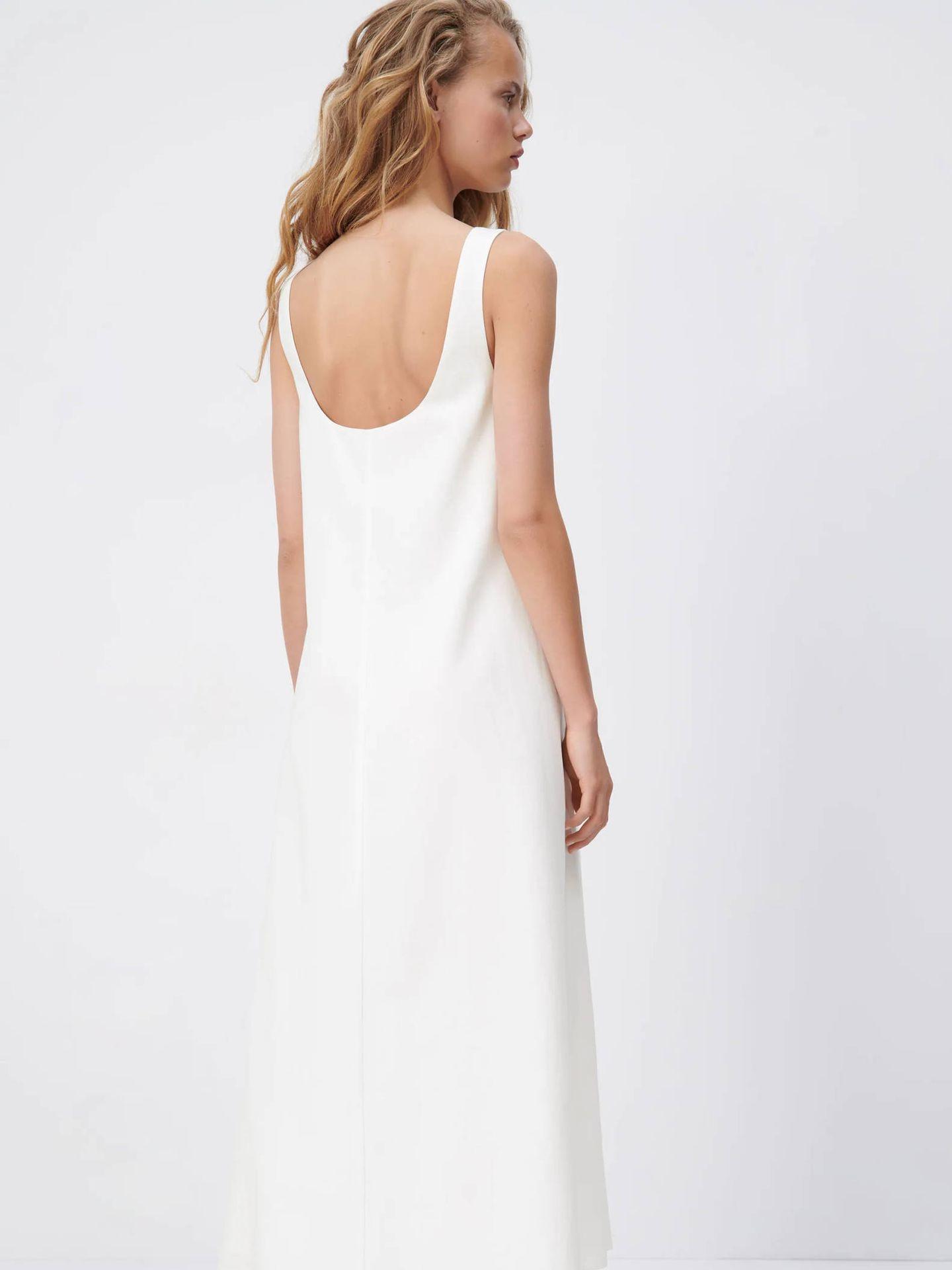 Vestido para novias sencillas de Zara. (Cortesía)