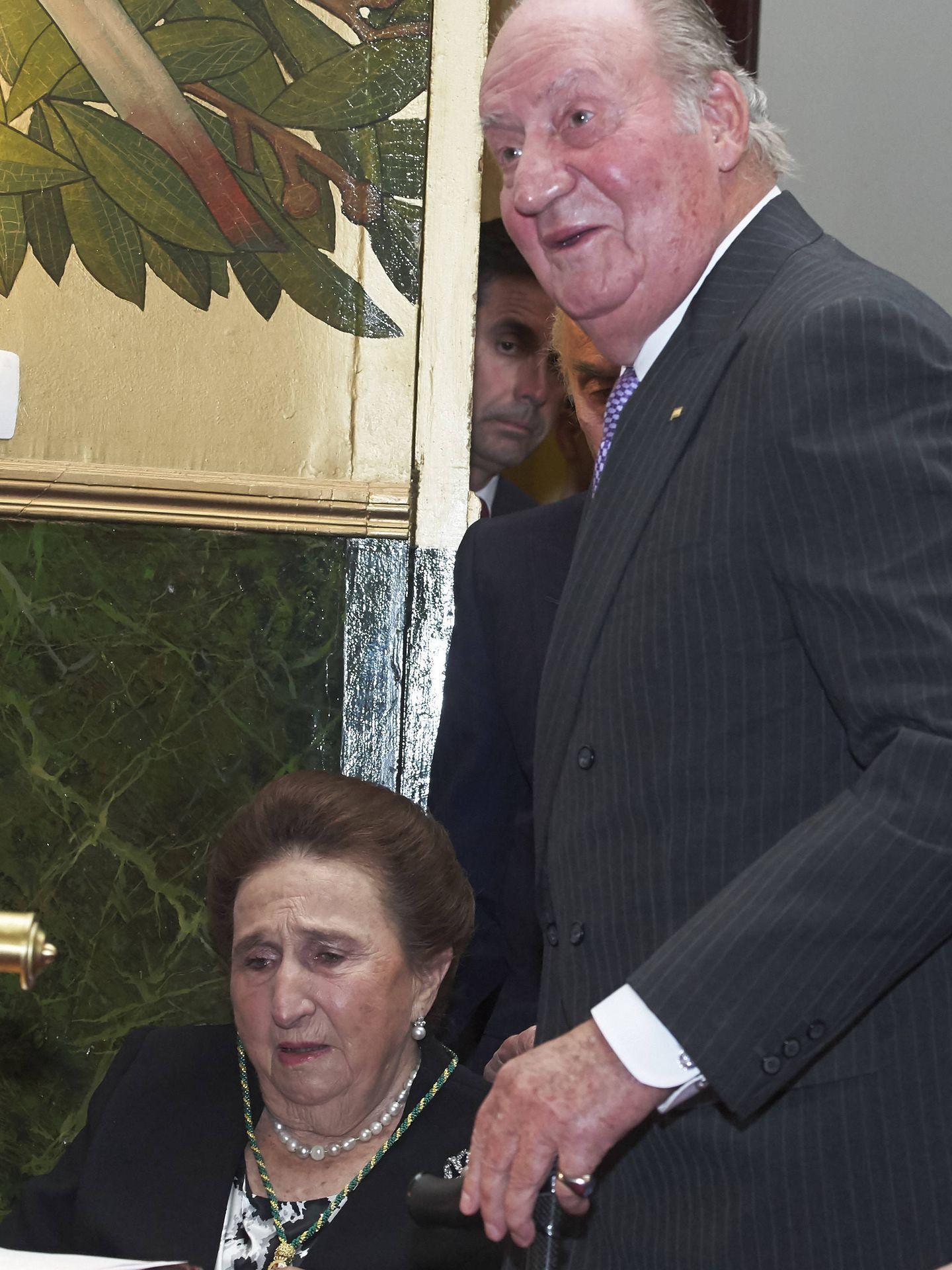 El rey Juan Carlos y la infanta Margarita, en 2017. (Getty)