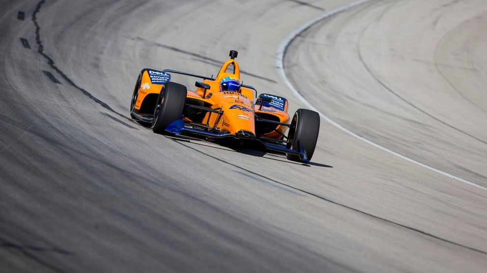 Fernando Alonso, pocas vueltas y varios problemas en su test en Indianápolis