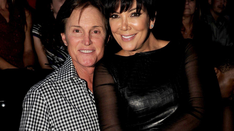 Bruce Jenner junto a Kris, la madre de las Kardashian (Gtres)