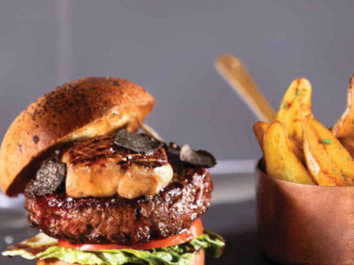 Foto: La hamburguesa más cara del mundo se sirve en Las Vegas.