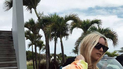 Ni pareos ni caftanes, las influencers dicen que debes ir a la playa en camisa