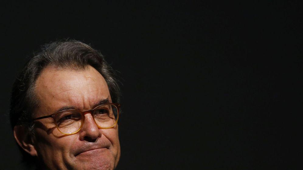 Foto: Leve y salomónica sentencia contra Artur Mas (Efe).