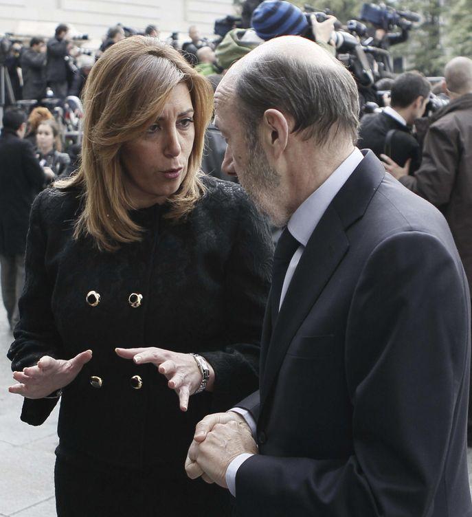 Susana Díaz y Alfredo Pérez Rubalcaba. (EFE)