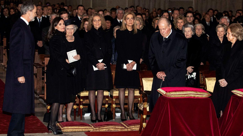 Funeral de la infanta Pilar. (EFE)