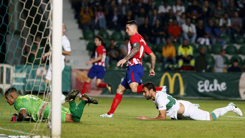 Torres tampoco se ha estrenado esta temporada. (EFE)