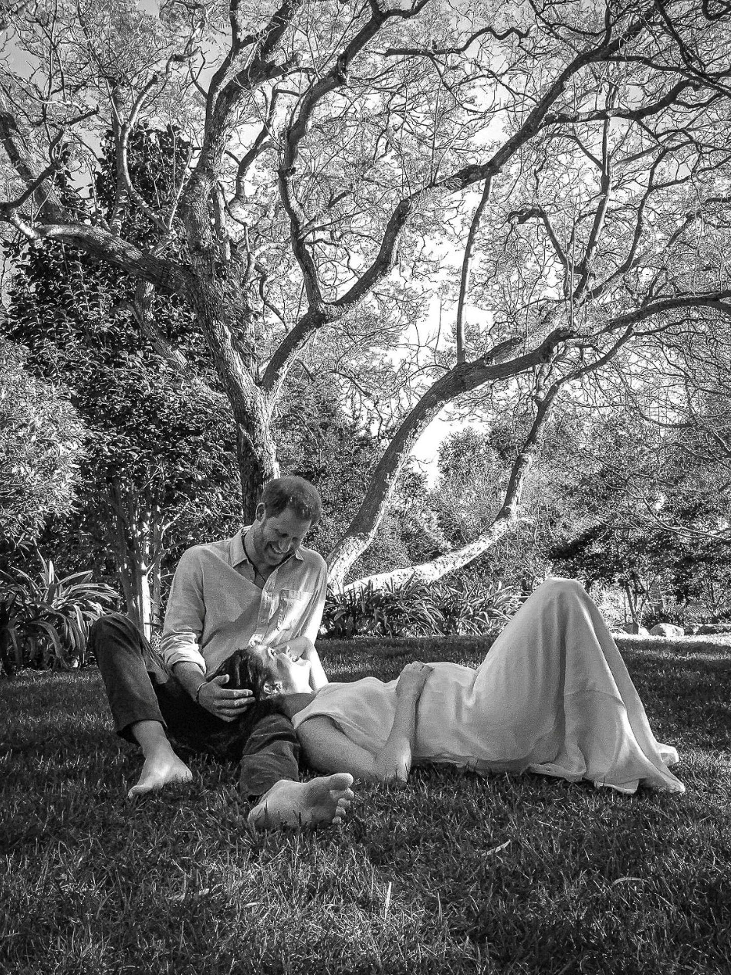 La imagen con la que Meghan y Harry han anunciado embarazo. (Duques de Sussex / Reuters)