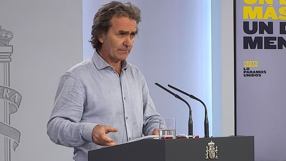 La Guardia Civil apunta a Fernando Simón en la investigación penal por el 8-M
