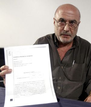 González-Vigil pide el cese de Reverte como académico
