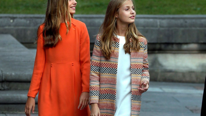 La princesa Leonor y su hermana, la infanta Sofía. (EFE)