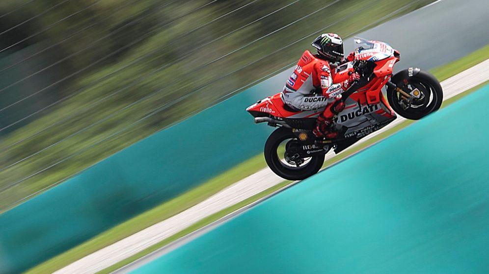 Foto: Ningún piloto de MotoGP ha completado una vuelta tan rápida a Sepang como Jorge Lorenzo. (EFE)