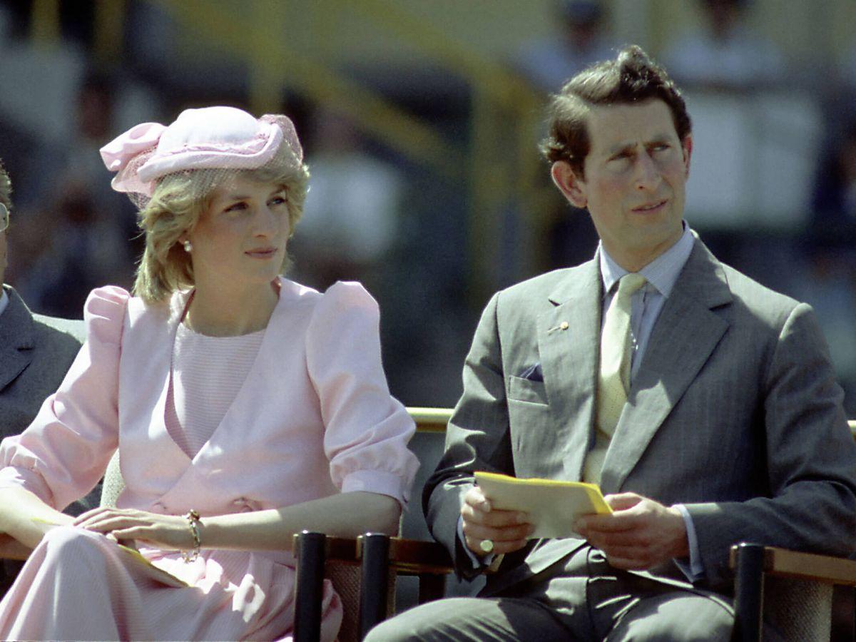 Foto:  La princesa Diana y el príncipe Carlos, durante un viaje a Australia. (Getty)