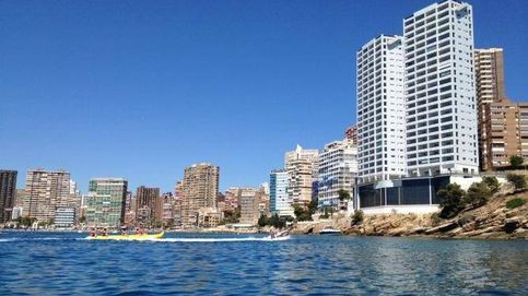 La última bala de las torres gemelas de Benidorm condenadas al derribo: Es horrible