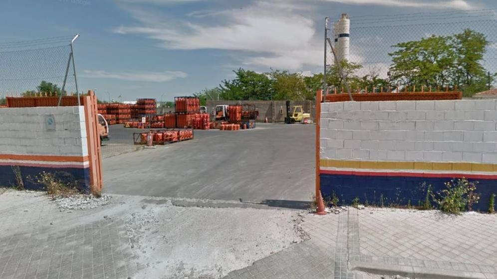 Foto: Nave de Repsol en el número 4 de la calle Boyer. (Google Maps)