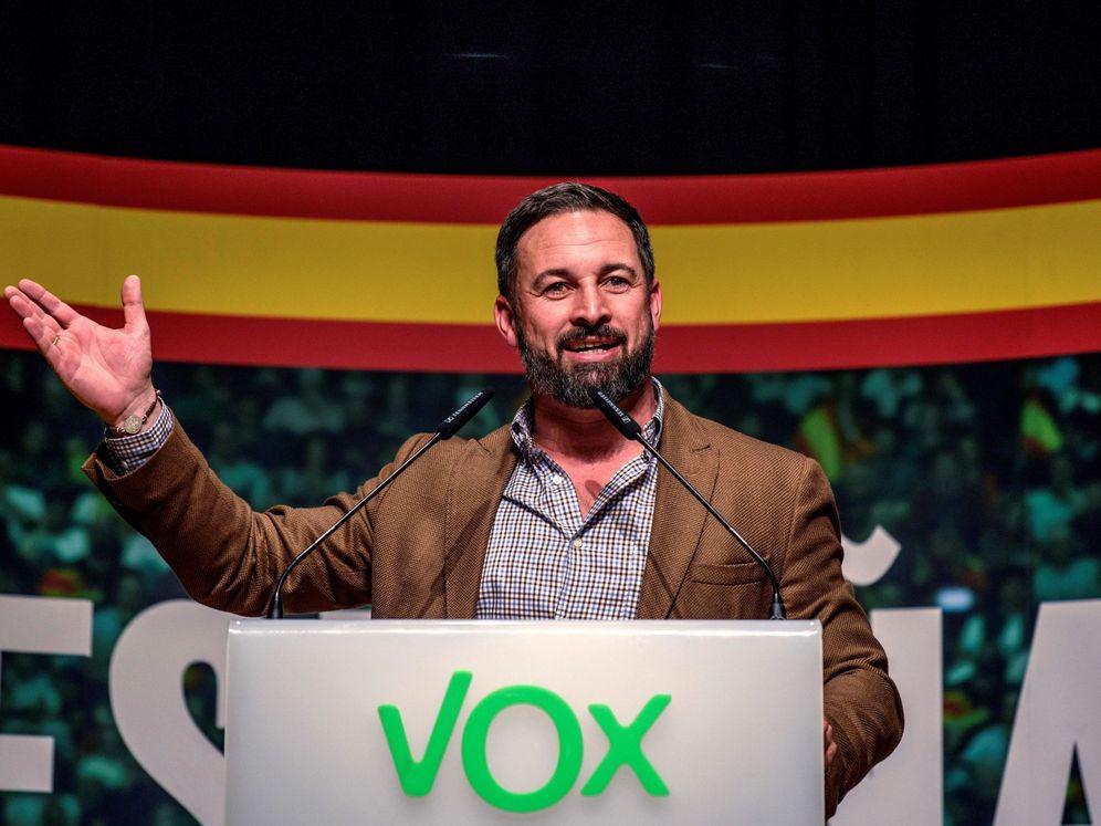Foto: Santiago Abascal, durante un acto de precampaña de Vox en Bizkaia, Bilbao (EFE)