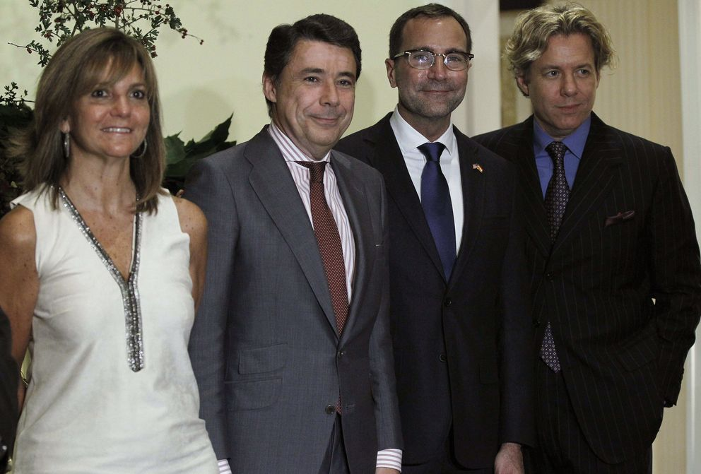 Lourdes Cavero (izq.). (Efe)