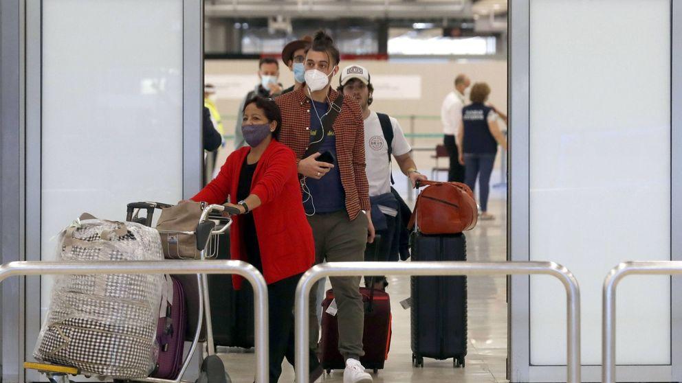 Madrid propone hacer un test a los viajeros de países afectados por el covid-19 en Barajas