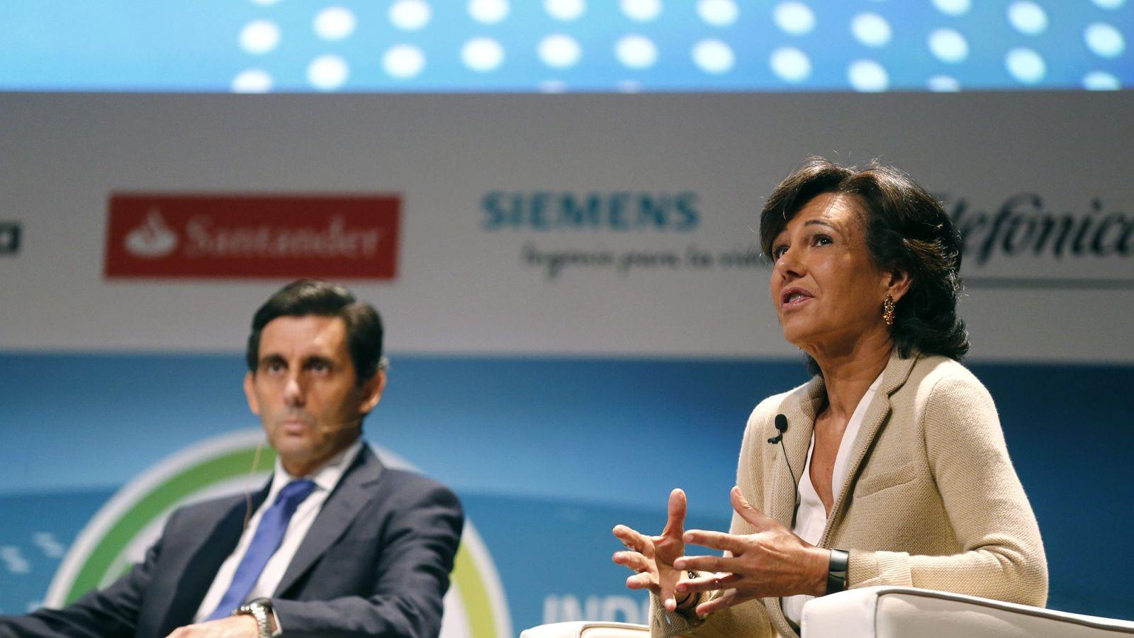Foto: Foto de archivo del presidente de Telefónica, José María Álvarez-Pallete, junto con la presidenta de Banco Santander, Ana Botín. (EFE)