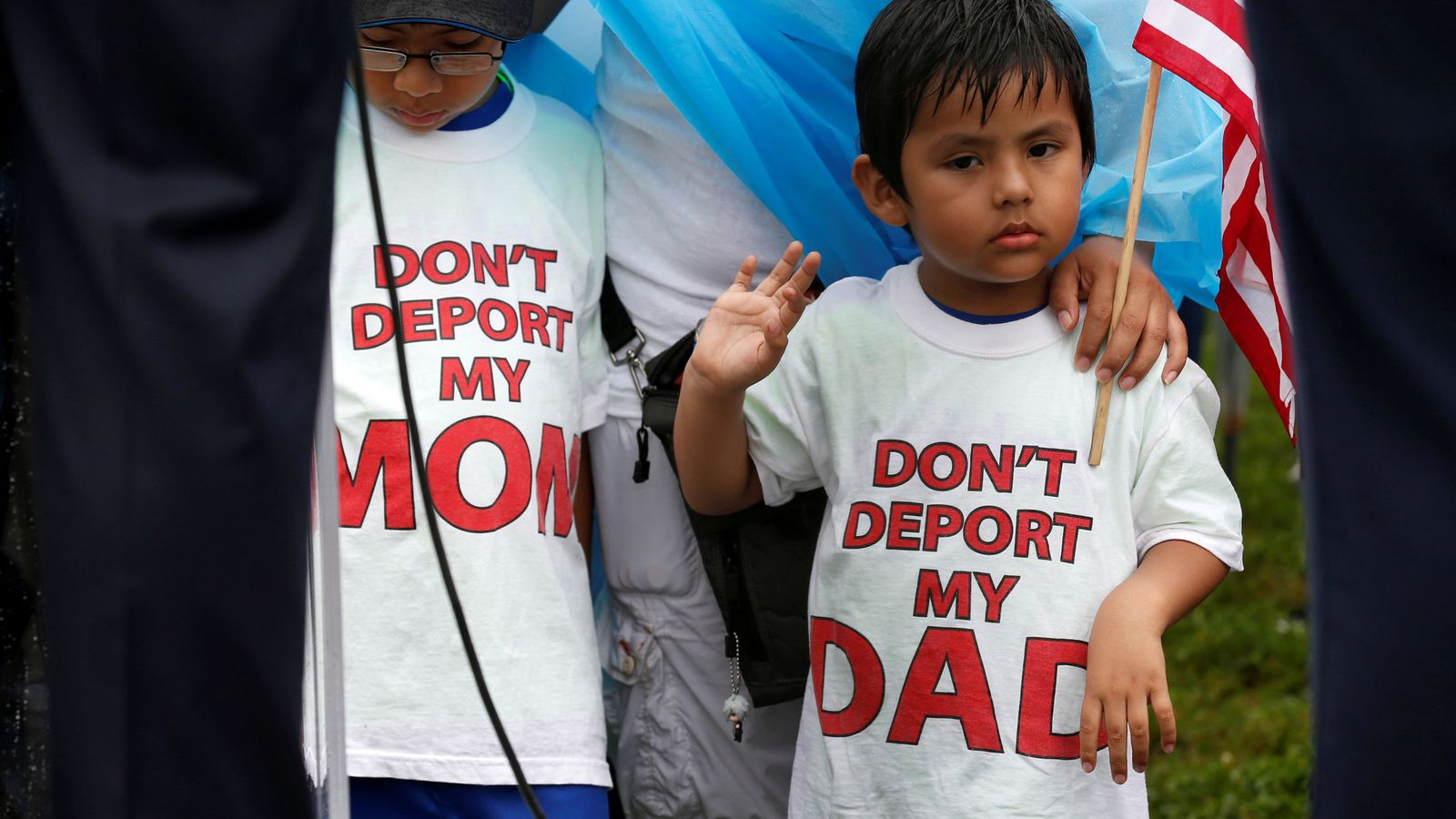 Foto: Niños con camisetas antideportación durante una protesta contra las políticas de Trump en Washington, el 15 de agosto de 2017. (Reuters)
