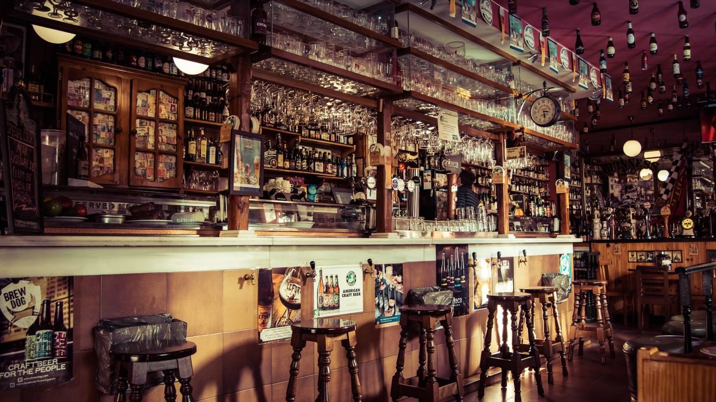 Los 7 mejores pubs irlandeses de Madrid para celebrar San Patricio entre pintas