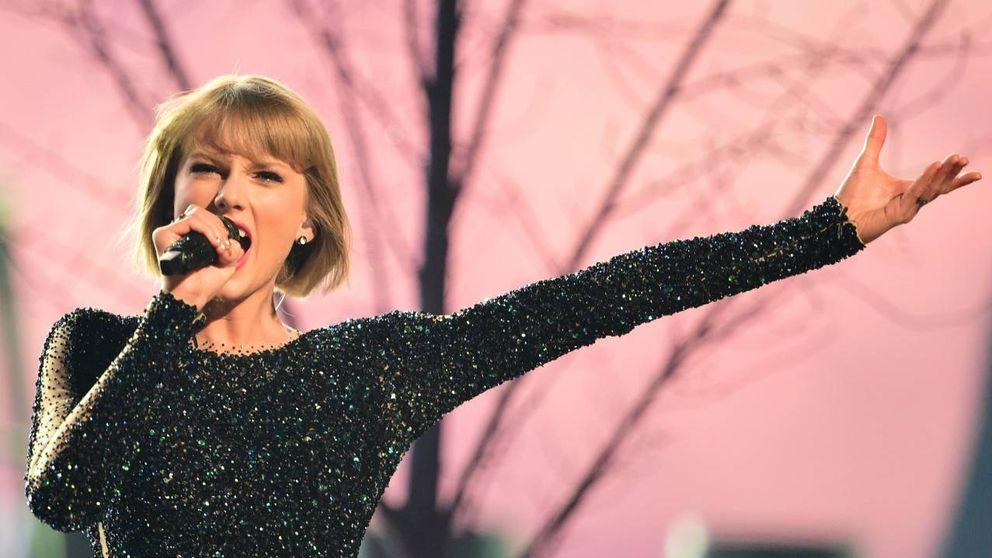 """Taylor Swift, una """"diosa aria"""" que actúa como """"nazi encubierta"""" para Trump"""