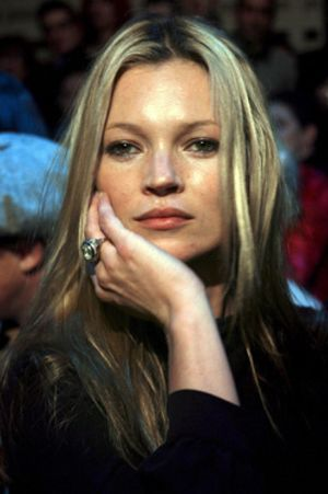 Kate Moss vuelve a perdonar al problemático Doherty