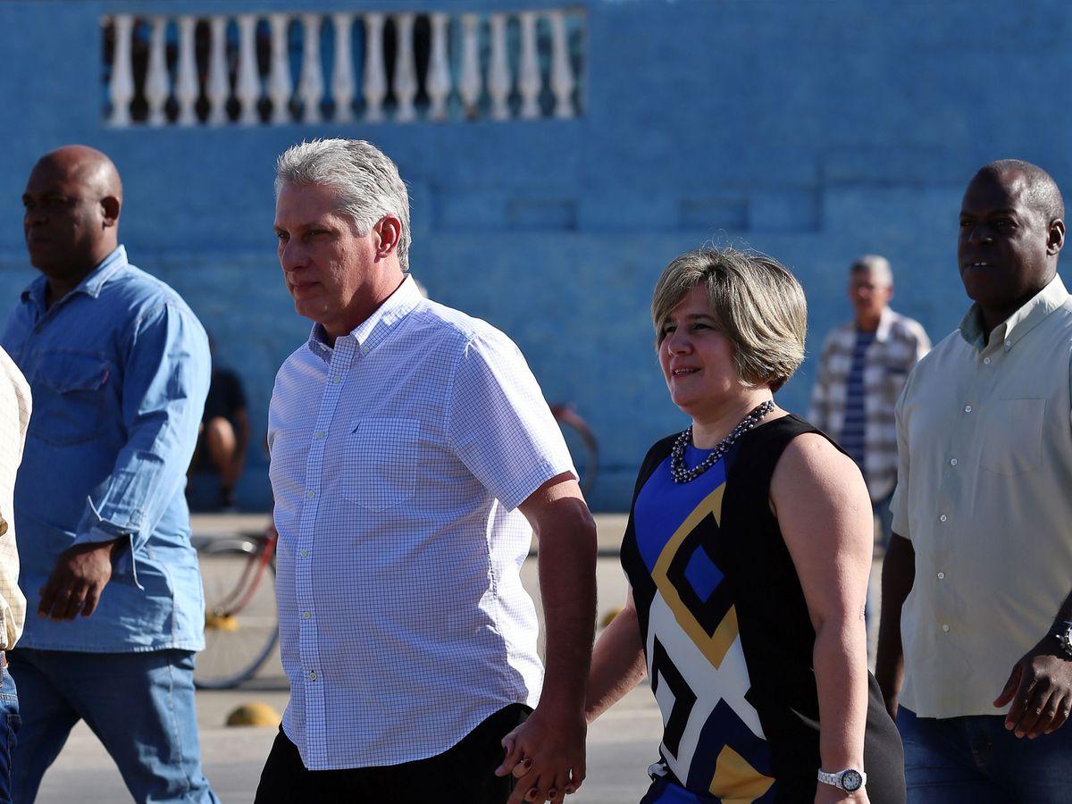 Foto: Miguel Díaz-Canel y su esposa, Lis Cuesta, en una imagen de archivo. (EFE)