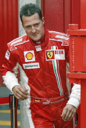 Schumacher es más rápido que Massa en Montmeló