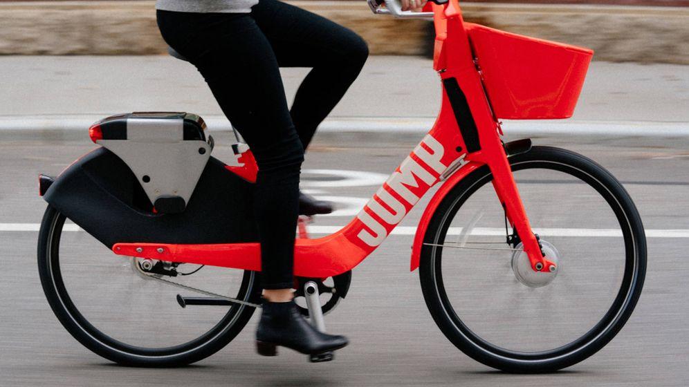 Foto: Una bicicleta de JUMP, la unidad de bicis y patinetes compartidos de Uber