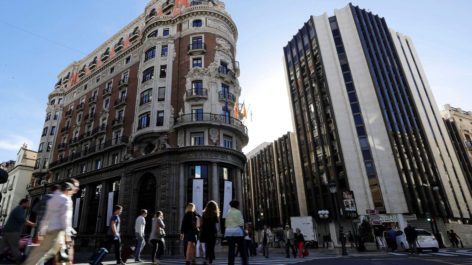 Foto: El edificio del antiguo Banco de Valencia, ahora sede de CaixaBank. (EFE)