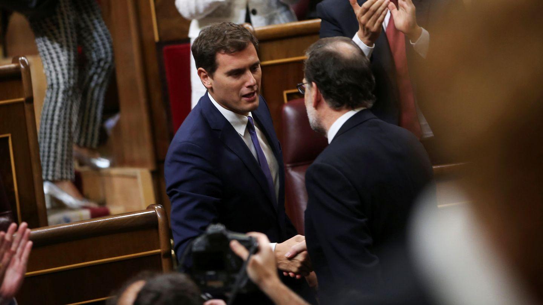 Mariano Rajoy y Albert Rivera, en el Congreso. (EFE)