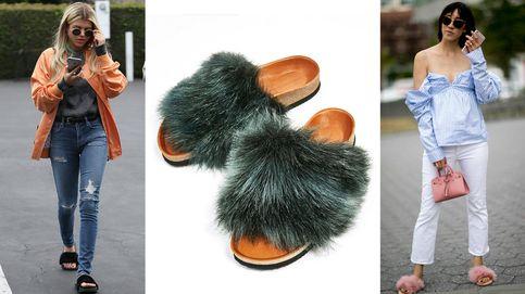 De Rihanna a Gigi Hadid, las sandalias con pelo que arrasan entre las celebrities