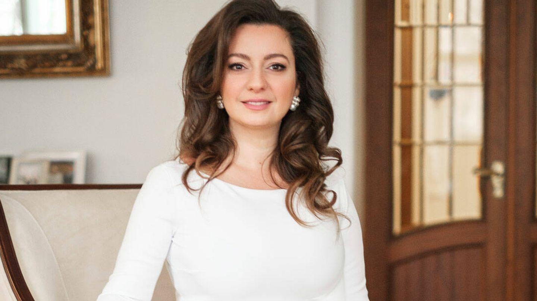 Rebecca Bettarini, muy ilusionada ante su boda. (Cancillería de la Casa Imperial de Rusia)