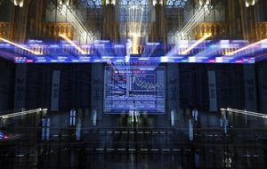 Ferrovial, Amadeus e Iberdola, los mejores en Relación con Inversores