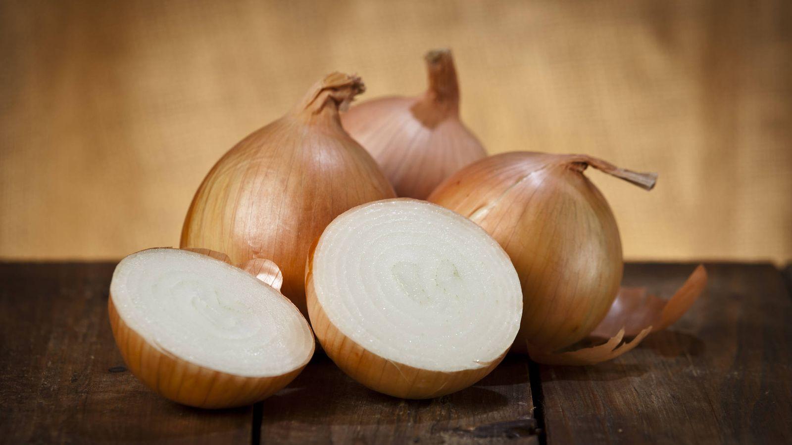 Hortalizas: Las cebollas son nutricionalmente imprescindibles. Cocínalas  bien