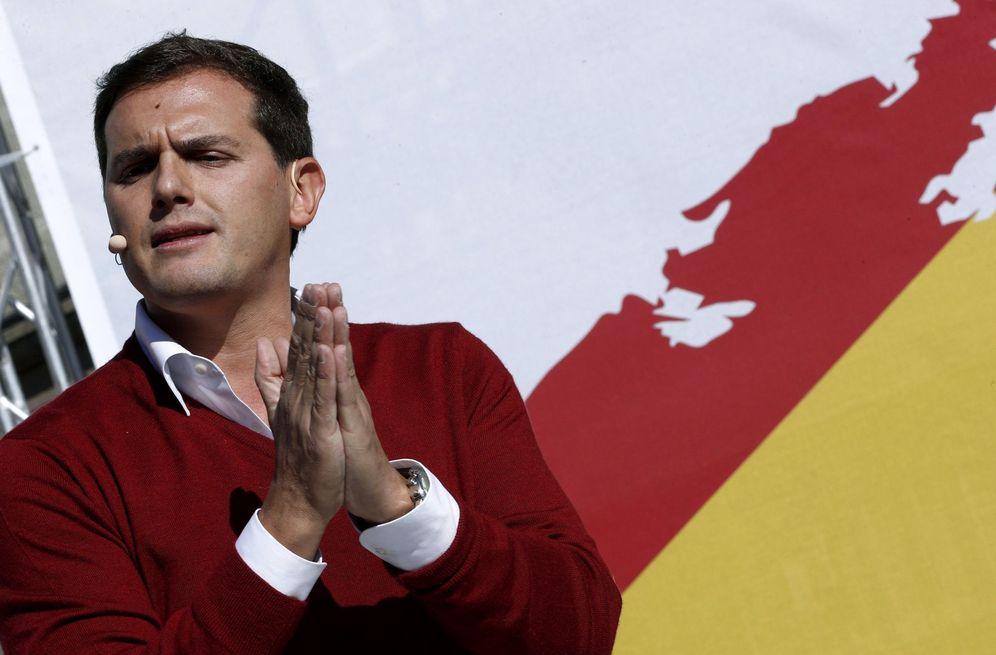 Foto: Rivera durante su intervención este domingo en Alsasua. (EFE)