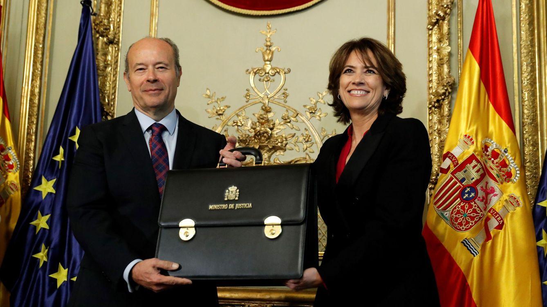 Campo toma posesión como ministro de Justicia eclipsado por Dolores Delgado