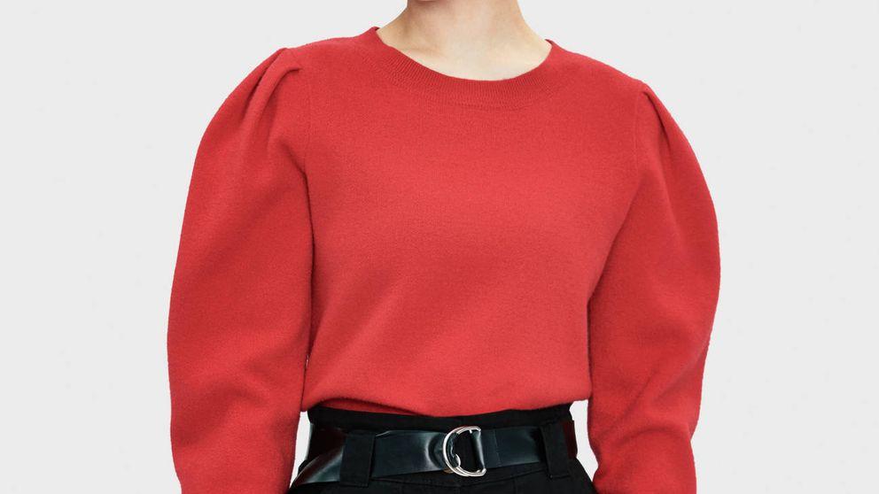 Este jersey rojo de Bershka parece recién salido de los 80 y nos fascina