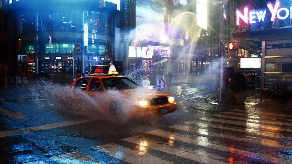 La razón por la que no hay forma de conseguir un taxi cuando llueve