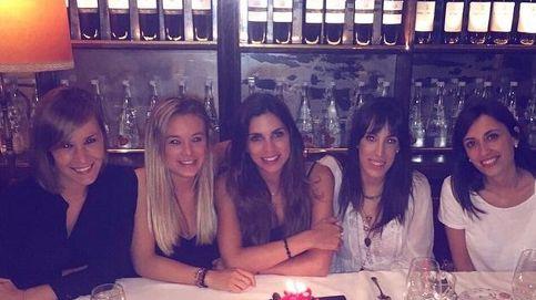 Melissa Jiménez celebra su cumpleaños con sus amigas más cercanas