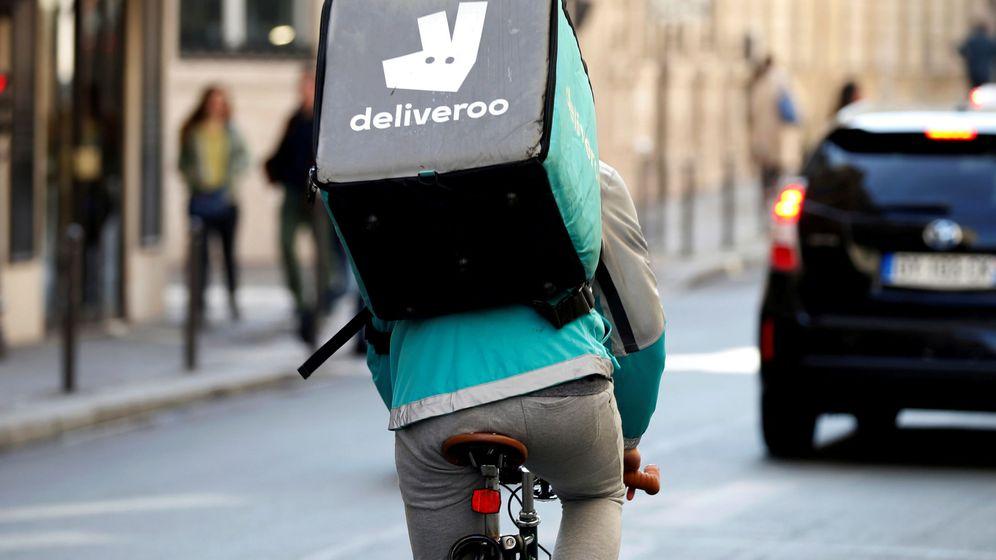 Foto: 'Rider' de Deliveroo en París. (Reuters)