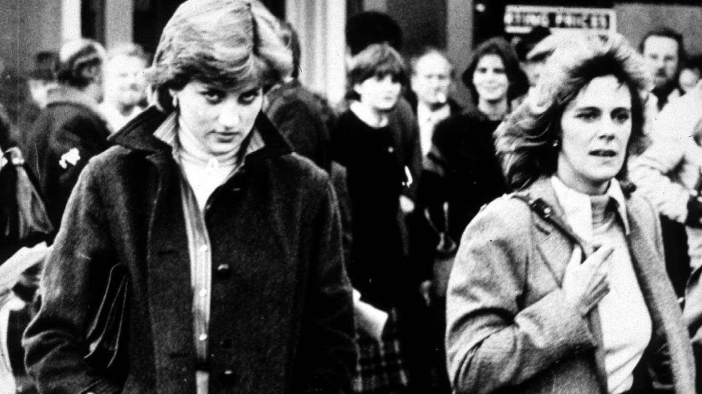 Diana y Camilla, en una imagen de jóvenes. (Getty)